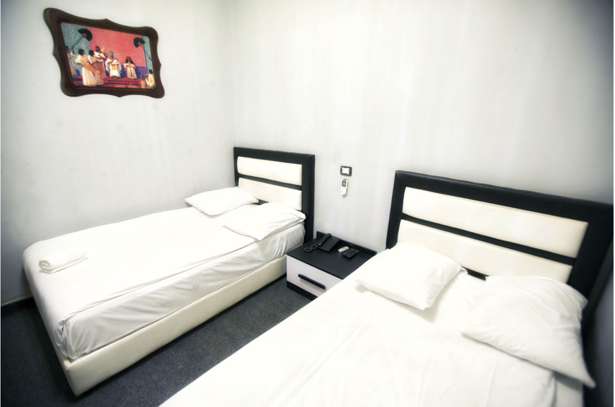 Deluxe Twin Room with 2 Queen Beds